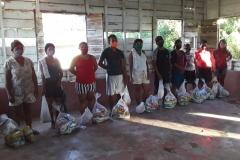 Erhalt und Verteilung der Lebensmittelpakete an die Kokama am 06.07.2020