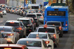 Verkehrskollaps in den Städten