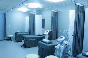 Schließungen kleiner Krankenhäuser trotz Coronavirus