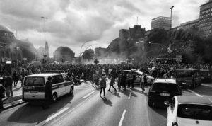 Rechtsextreme und Verschwörungstheoretiker beeinflussen Demonstrationen