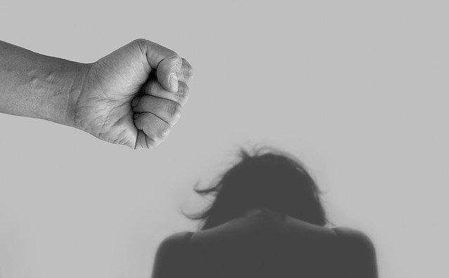 häusliche Gewalt nimmt stark zu