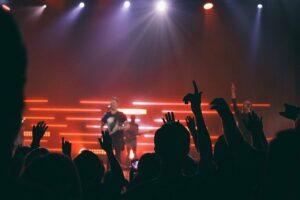 Musikindustrie: Kkommerzialisierung der Musik